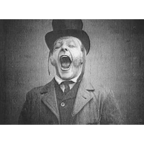 初期フランス あくびをする人