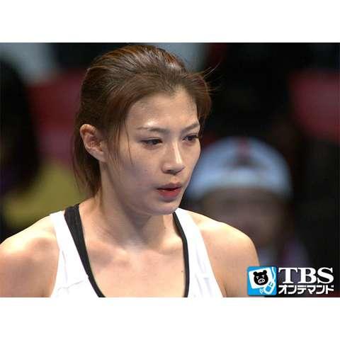高野人母美×ラッナダ・ソーウォラシン(2014) 女子バンタム級6回戦