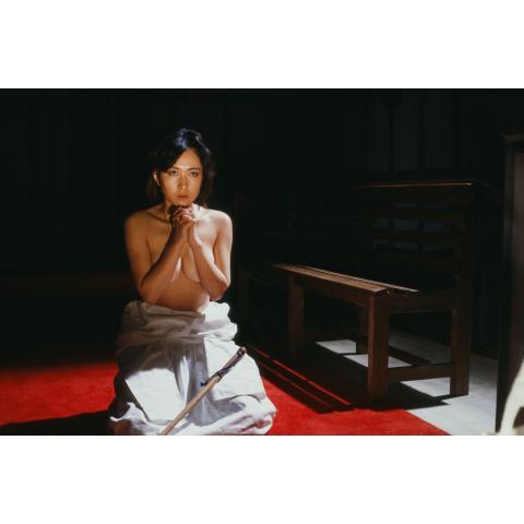 修道女 黒衣の中のうずき