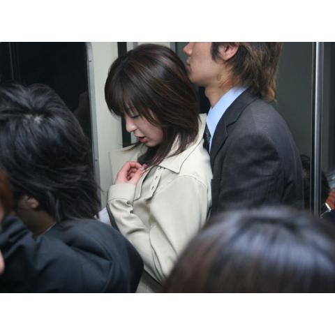 美神ルナ/愛欲の終電車 結婚しない女の絶頂快速(R15版)