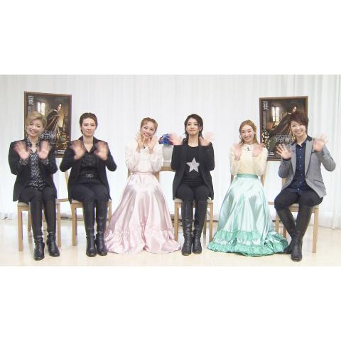 NOW ON STAGE 星組宝塚バウホール公演『鈴蘭 -思い出の淵から見えるものは-』